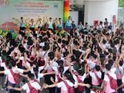 Campamento de verano fortalece amistad entre infantes de Vietnam, Laos y Camboya