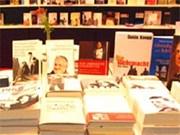 Libros para residentes vietnamitas en Alemania