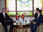 Reúnense presidentes de Viet Nam y Letonia