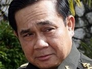 Premier cambodiano recibe a general tailandés