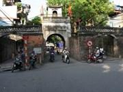 Finalizan restauración de antigua puerta