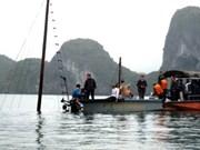 Naufragio en la bahía vietnamita de Ha Long