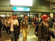 Regresan a casa primeros trabajadores vietnamitas de Libia