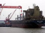 Entrega Vietnam carguero de 53 mil toneladas
