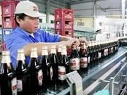 Construyen fábrica millonaria de envases de bebidas