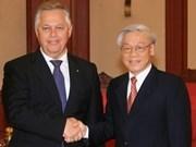Intensifican Viet Nam y Ucrania cooperación partidista