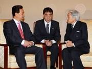 Premier se reunió con emperador japonés