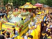 Rinden tributo al bonzo superior Thich Thanh Tu