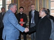 Presidente parlamentario vietnamita visita Bélgica
