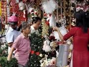 Reina ambiente navideño en Hanoi