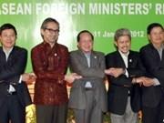 ASEAN y China discuten declaración sobre Mar Oriental