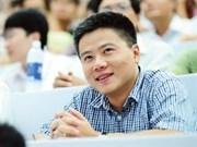 Francia entrega máxima distinción a matemático vietnamita