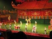 Marioneta acuática de Vietnam conquista público francés