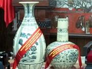 En Chu Dau las manos confeccionan joyas de cerámica