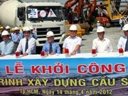 En construcción segundo puente sobre río Sai Gon
