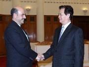 Premier vietnamita recibe a embajadores de Irán y Mozambique
