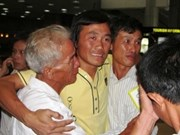 Regresan rehenes vietnamitas detenidos por piratas somalíes