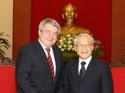 Partidos comunistas vietnamita y checo estrechan nexos