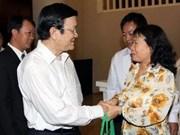 Continúan entrevistas del Presidente con votantes