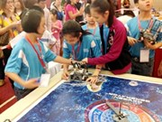 Organiza Vietnam concurso internacional de robótica para niños