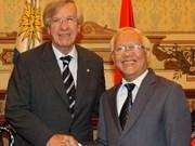 Uruguay y Vietnam promueven comercio