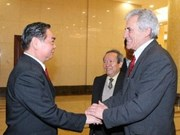 Dirigente partidista de Portugal concluye visita a Vietnam