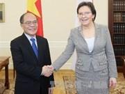 Continúa dirigente parlamentario vietnamita gira por Europa