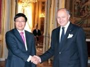 Vietnam y Francia hacia asociación estratégica