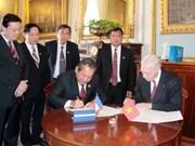 Cortes de Vietnam y Francia establecen hermandad