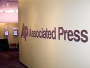 Myanmar concede licencias de operación a AP y NHK