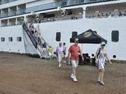 Arriba a Vietnam por primera vez crucero Costa Atlántica