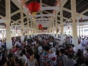 Caodaisimo celebra ritual de fiesta otoñal