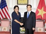 Vietnam afianza colaboración comercial con EE.UU.