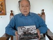 Periodista uruguayo rinde homenaje al general Vo Nguyen Giap