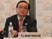 Vietnam participa en Cumbre Global Empresarial en Malasia