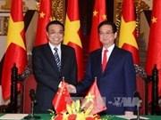 Premier chino concluye visita a Vietnam