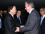 Dirigente partidista elogia eficaz cooperación política Vietnam-Francia