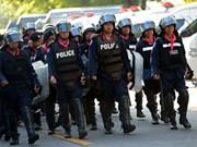 Policía tailandés usa gases lacrimógenos contra manifestantes