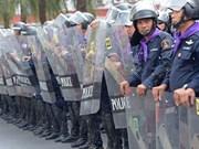 Gobierno tailandés exige rendición de líder de protestas