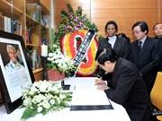 Presidente vietnamita rinde homenaje a Nelson Mandela