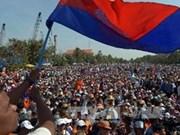 Premier cambodiano afirma que no dimitirá