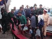 Náufragos filipinos en Mar Oriental arriban a tierra vietnamita
