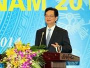 Premier insta a desarrollar negocios empresariales