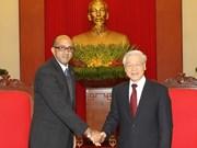 Dirigente partidista vietnamita recibe al embajador cubano