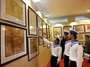 Exposición de documentos sobre Truong Sa y Hoang Sa