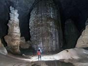 Explora príncipe de Abu Dhabi mayor cueva mundial en Vietnam