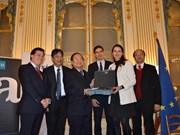Vietnam y Francia fortalecen cooperación cultural