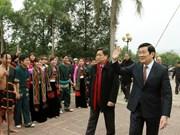 Presidente Truong Tan Sang en festival primaveral