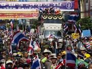 Manifestantes asedian Casa del Gobierno en Tailandia