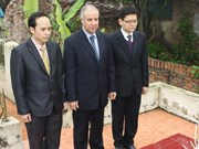 Rinden homenaje póstumo a 15 argelinos caídos en Vietnam